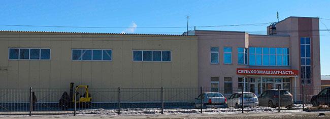 Компания ООО Сельхозмашзапчать занимается продажей запчастей для сельхозтехники и грузовиков